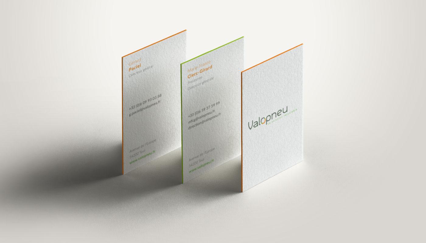lea-candat_webdesigner-graphiste_nancy_projets_graphisme_cartes-visite_valopneu